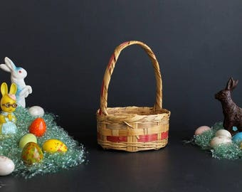 Vintage Easter Basket Wicker With Pink Stripe Round Medium Size Ratan Basket With Handle
