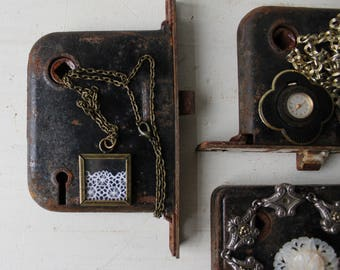 ONE Jewelry Display - Antique Door Hardware Jewelry Prop - Black & Rust Metal Architectural Salvage Necklace / Bracelet / Ring Backdrop