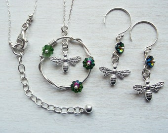 Jewelry set necklace and earrings 925 silver with bee pendants and Swarovski crystals flowers, flowers earrings, flowers necklace