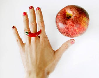 Red Hot Chilli Pepper Ring, garnet red vegetable jewelry, summer fashion jewelry, Valentines gift idea, vegetarian jewelry