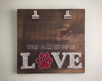 String Art Photo Display, String Art Picture Display, Pet Photo Display, String Art Photo Hanger, Pet Photo String Art, Paw Print String Art