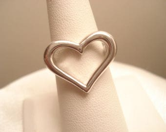Vintage Sterling Large Cut Out Heart Statement Ring Size 7
