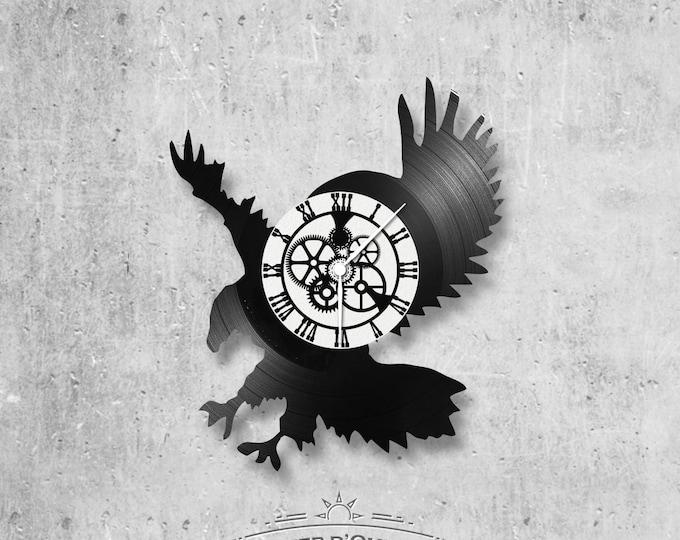 Vinyl 33 clock towers Eagle theme