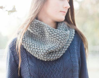 Chunky Knit Cowl Scarf - Chunky Infinity Cowl - Knit Cowl Women – Womens Cowl - Neck Warmer for Women – Fall Scarf – Neck Cowls - Neckwarmer