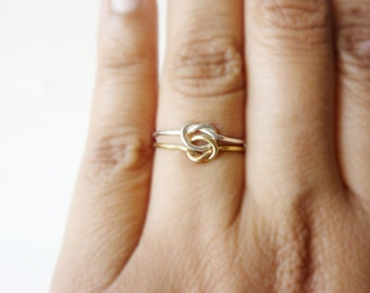 Double Knot Love Ring
