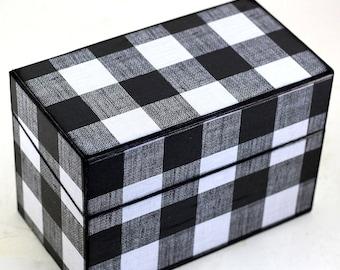 Wood Recipe Box Black and White Plaid Fits 4x6 Cards