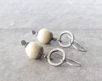 river stone earrings, white drop earrings, oxidized silver, boho drop earrings, white stone earrings