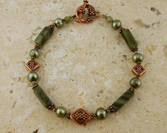 Connemara Marble Celtic Knot Copper bracelet with pearls