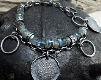 labradorite bracelet, statement, faceted labradorites bracelet, raw, rough, silver, sterling silver, labradorite ,