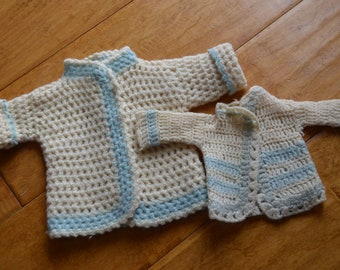 Vintage doll sweaters x 2 - blue and cream dolly clothes