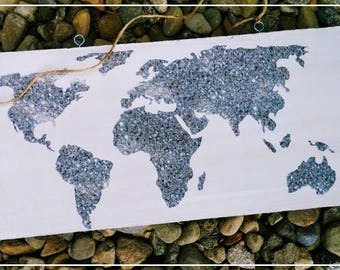 Plate decorative map of the world