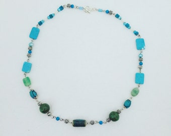 Turquoise and magnesite necklace