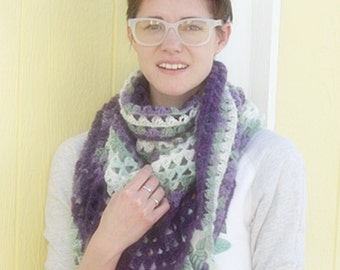 Crochet Pattern, Triangle of Triangles Scarf, Wrap, Cowl
