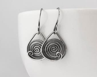 Mother's Day gift, Spiral oxidized sterling silver dangle earrings, mother gift, circle earrings, signature design earrings