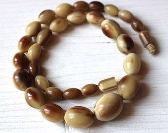 SPRING SALE Vintage horn necklace