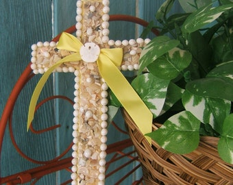 Seashell Wall Cross with Genuine Sand Dollar and Yellow Ribbon, Grandma, Mom, Little Sister, Aunt, Boss, Colleague, Teacher, Student Gift