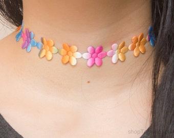 Multicolor daisy choker necklace - 90s flower choker - Floral accesory