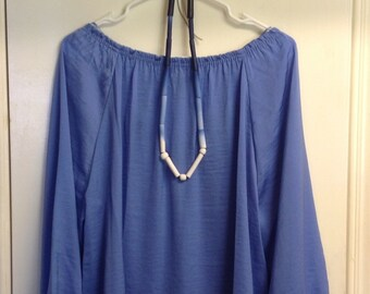 Blue beaded ombre necklace