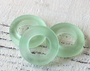 Sea Glass Rings - Cultured Seaglass Beads - Jewelry Making Supply - 17mm Ring - Peridot Green
