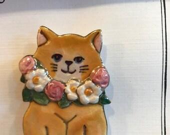 Flower Garland Cat Pin