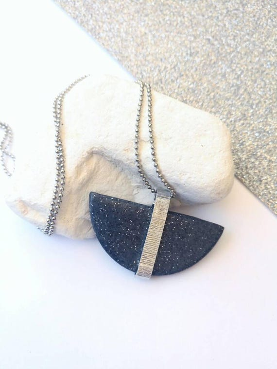 https://www.etsy.com/listing/506151119/half-circle-long-necklace-granite?ref=shop_home_active_6