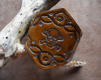 Bracelet leather head skull