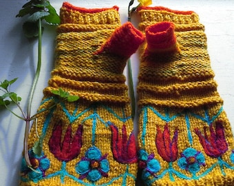 handknit and crochet arm warmers/ fingerless gloves with traditional Lithuanian flower motive / MADE TO ORDER