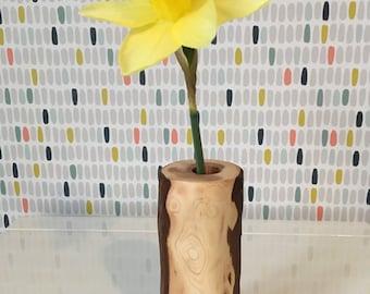 Yew vase. Natural grain. Handmade