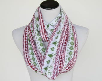 Christmas scarf reindeer infinity scarf scandinavian fair isle jersey knit scarf green red scarf matching scarf for mom, little girl & boy