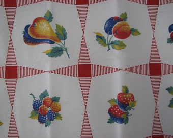 """Classic 1950s Cloth with Fruits, Berries  and Red design  35"""" x 34"""""""