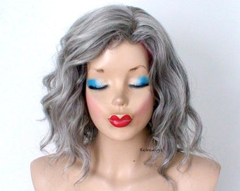 Gray wig. Beach wave hairstyle wig. Short wig. Natural looking Vibrant gray hair wig. Durable heat friendly wig for everyday wear or Cosplay