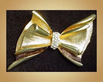 Vintage BSK Bow Brooch Pin