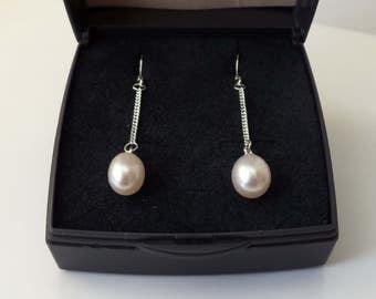 Sterling Silver Freshwater Pearl Chain Drop Earrings.