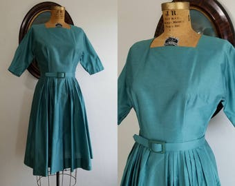 Vintage 1950s New Look dolman sleeve dress | 50s dusty blue full skirt