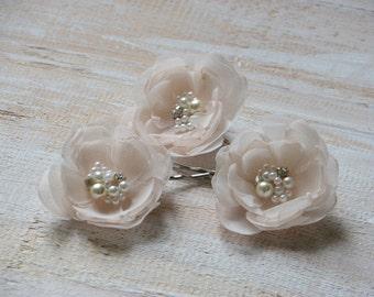 Cream hair pins Champagne hair flower Champagne cream flower Cream wedding flower Champagne hair accessory Set of 3 cream hair flowers