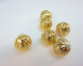 20 filigree gold tone 4mm beads