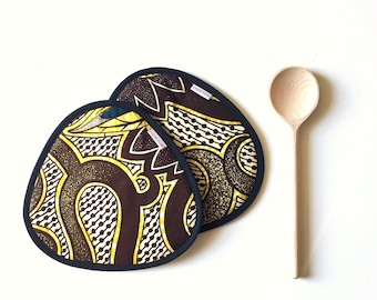 brown african wax print kitchen potholders - brown yellow white vlisco fabric potholders - ethnic african tribal colorful kitchen potholder