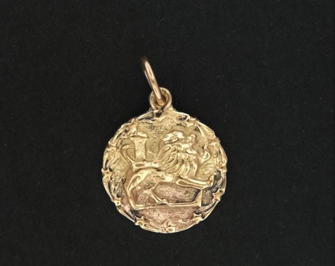 Zodiac Medallion Leo in Sterling Silver