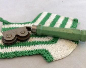 Vintage Green Handled Kitchen Utensil Knife Sharpener Mid Century Kitchen Gadget