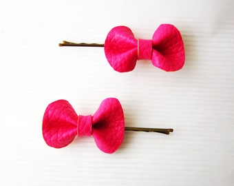 Pink bow bobby pins, neon pink leather hair bow, Girls hair bows, Cute pink hair bow, neon pink bobby pin, Small pink hairbow, Neon hair bow