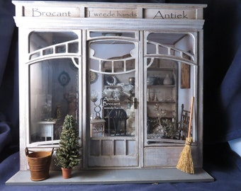 Dollhouse miniature roombox kit 1/12 one scale in Art Deco, Art nouveau.