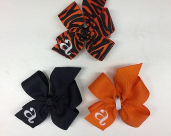 3 Hair Bows, Halloween Monogram, Gift Set, Bow Hair, Infants Toddlers, Small Tiny, Orange Embroidery, Personalized Ribbons Embroidery Letter