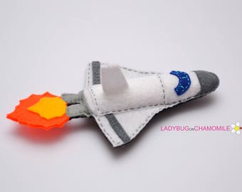 Felt SPACE SHUTTLE, stuffed felt Spaceship magnet or ornament, Motorbike toy, Technics, Vehicles, Nursery decor,Spaceship magnet,kids toy