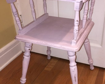 """Sold- Charming """"Shabby Chic"""" Pink Side Table / night stand"""