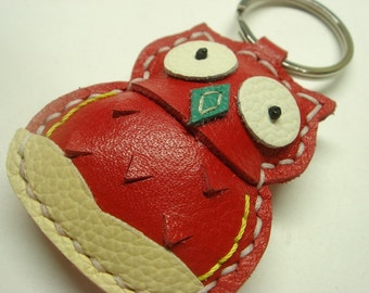 Lovely Fiona the Owl Leather Keychain ( Red )