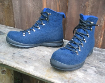 Hand-felted boots SHERPA