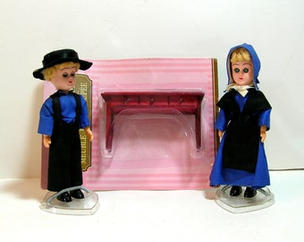 Vintage Amish Dolls And Doll Furniture