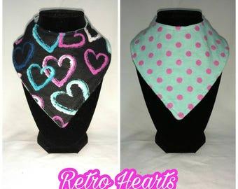 FREE SHIPPING - Reversible bandana bib - retro hearts
