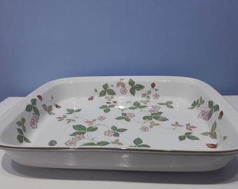 Wedgwood wild strawberry oven dish, vintage casserole serving dish, retro kitchen ware with pink red and green floral design