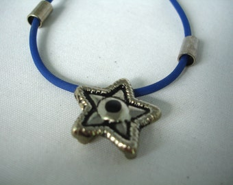Vintage Star pendant Necklace- Gothic style - Metal pendant - Unisex necklace - Blue Rubber Cord - 90's